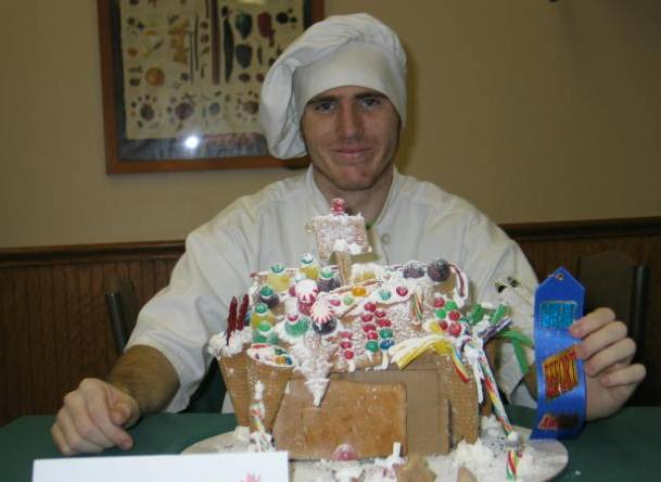 Sweet Victory on Zanesville Campus for Gingerbread House Contest ...